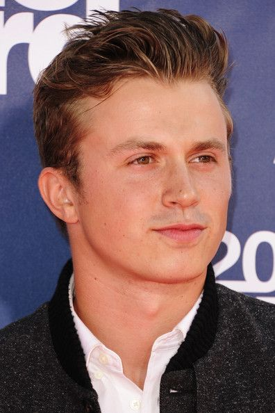kenny wormald | Kenny Wormald Dancer Kenny Wormald arrives at the 2011 MTV Movie ...