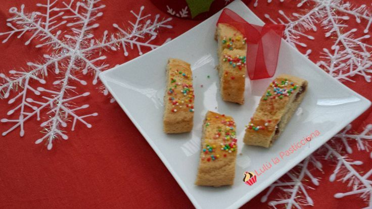 I dolci di Natale sono indispensabili per creare quell' aria magica e incantata! Biscotti, cioccolatini e tante altre piccole (e grandi) leccornie faranno