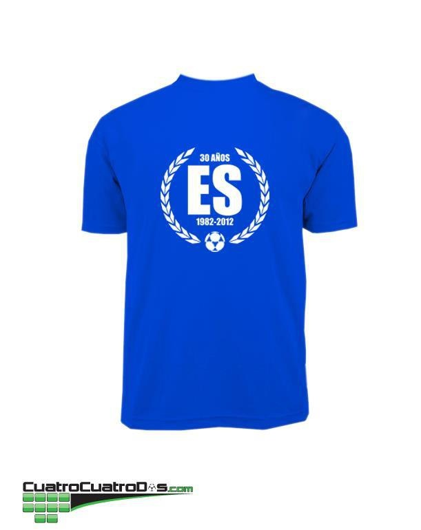 This is a conmemorative T-shirt of the football selection of my country El Salvador.