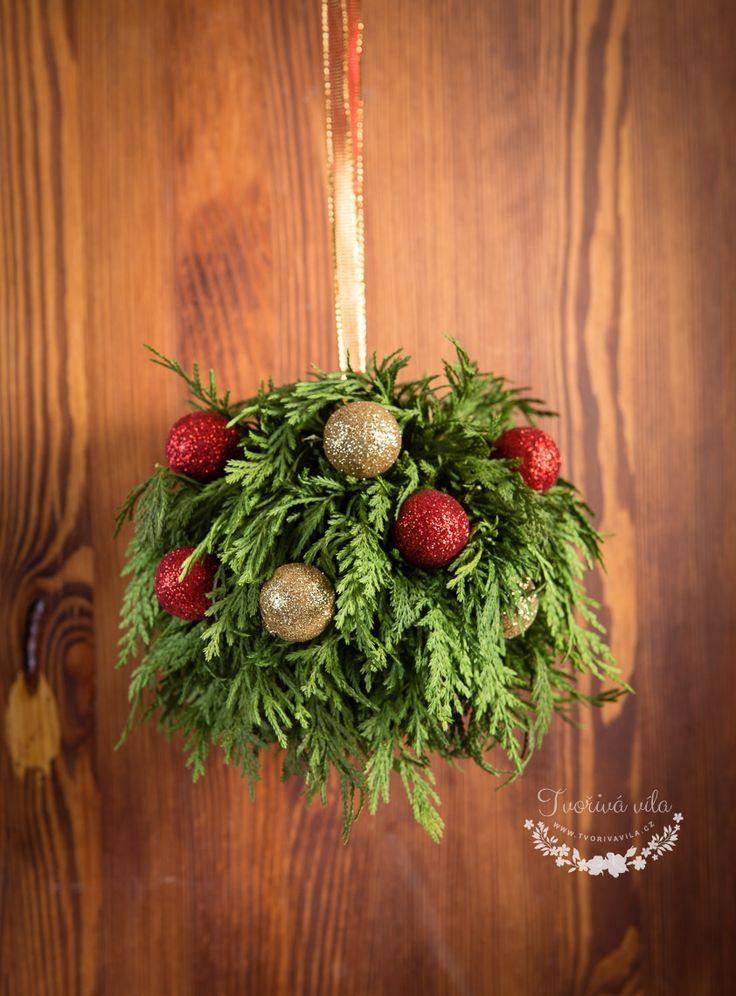 Vánoční ozdoba na dveře