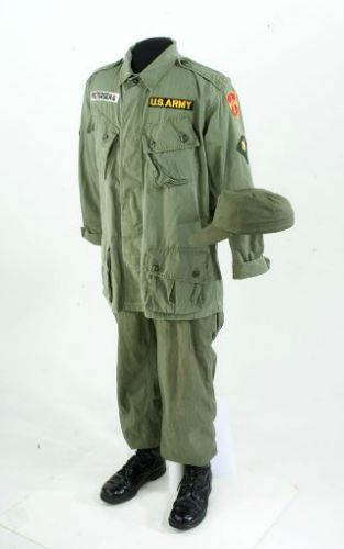 Army Uniform: Vietnam Army Uniform