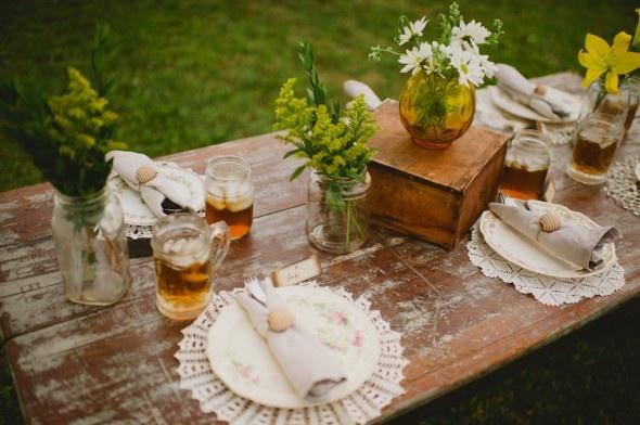 Honey Themed Wedding From Rusticweddingchic.com
