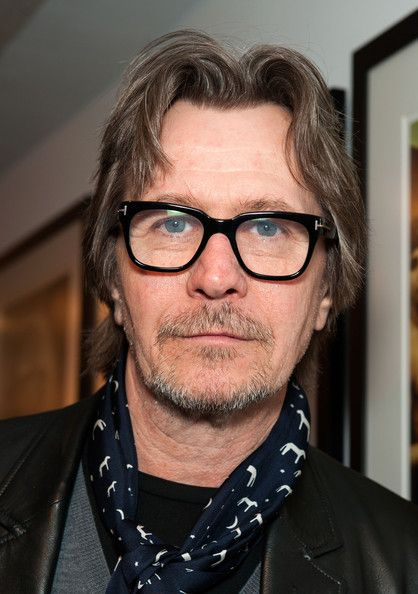 22. Favorite cast member: Gary Oldman. He is such a good actor, and I enjoy watching him in all of his other movies, especially Batman. He does a wonderful job of portraying Sirius Black, and I love how Daniel Radcliffe looks up to him apart from him being Harry's protective godfather in the movies.