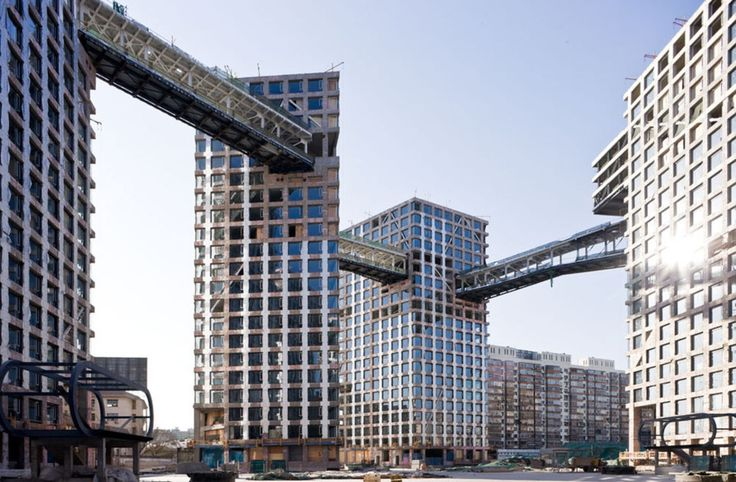 Steven Holl Architects, Iwan Baan · Linked Hybrid · Divisare