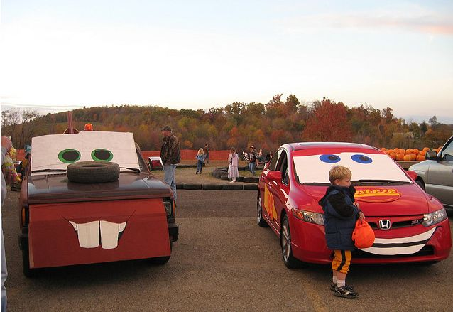 trunk or treat decorating ideas pictures | rockbridgers: Creative Ideas for Decorating for Trunk or Treat