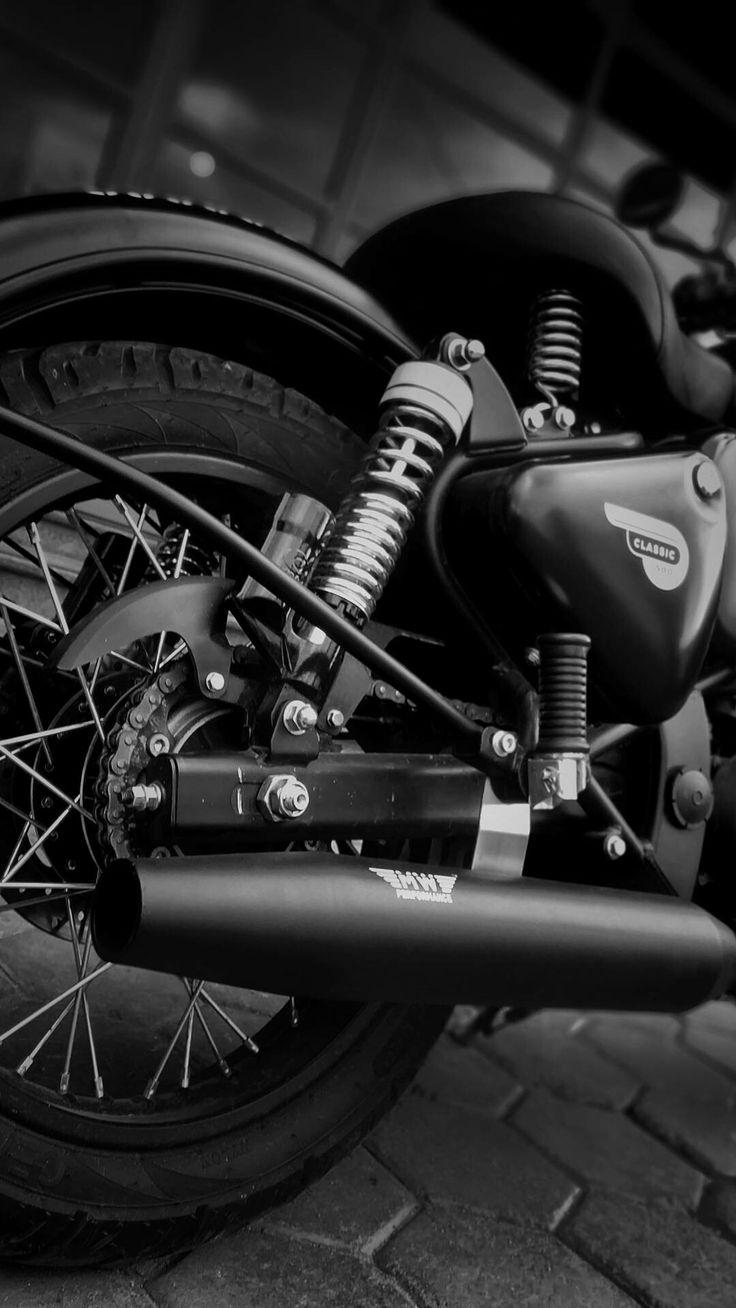 Old Classic Cars >> Royal Enfield Classic 500 black   Bullet bike royal ...