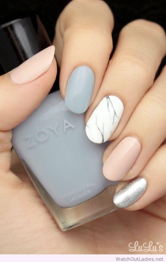 Marble, natural and grey nails