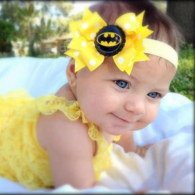 Baby Monster Bows- Batman Bow..omg this woulda been PERFECT if my nini had been here for her brothers batman party!