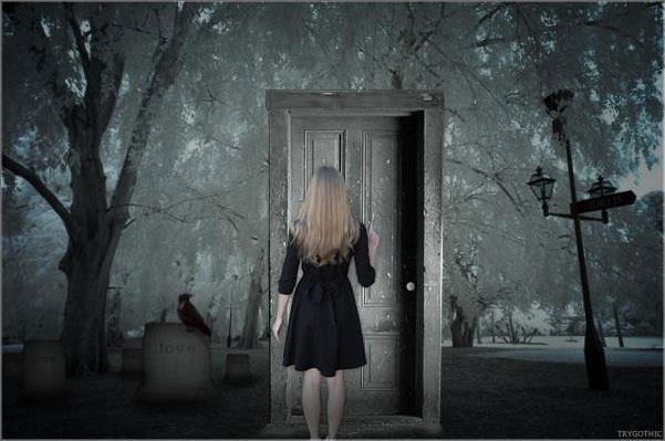 Un giorno la paura buss alla porta il coraggio si alz - La porta chiusa sartre ...