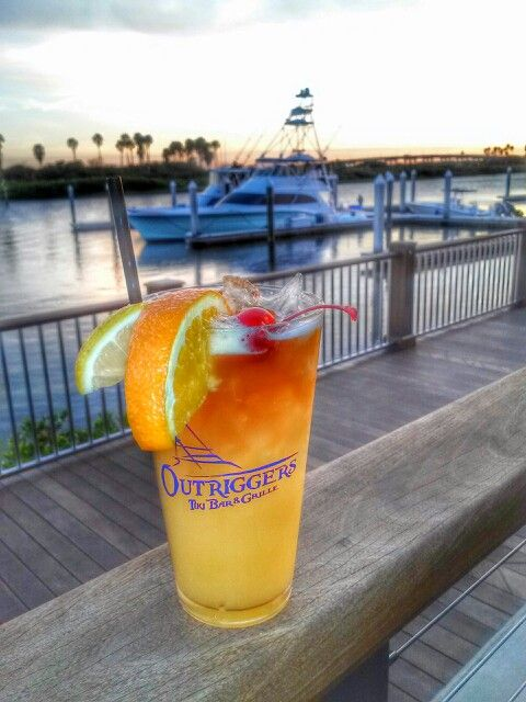 Outriggers Tiki Bar And Grille New