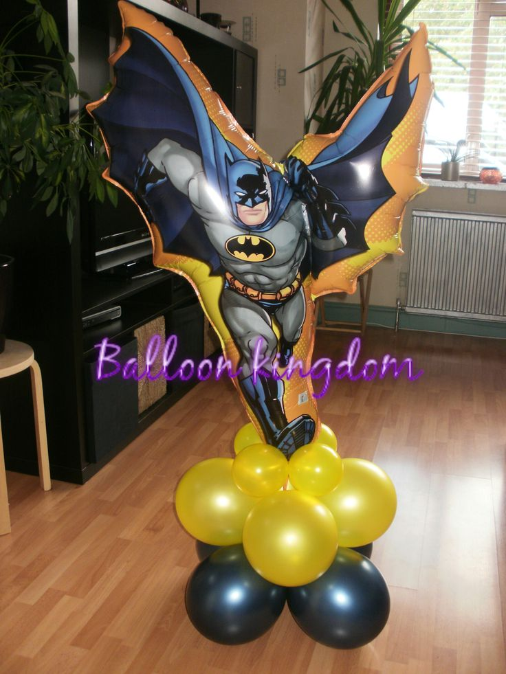 Batman super shape balloon tower ideas