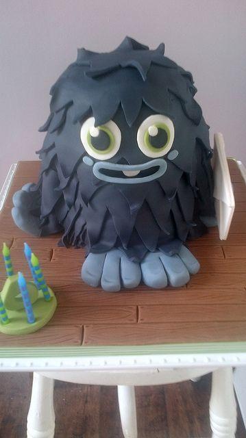 Furi Moshi Monster Cake