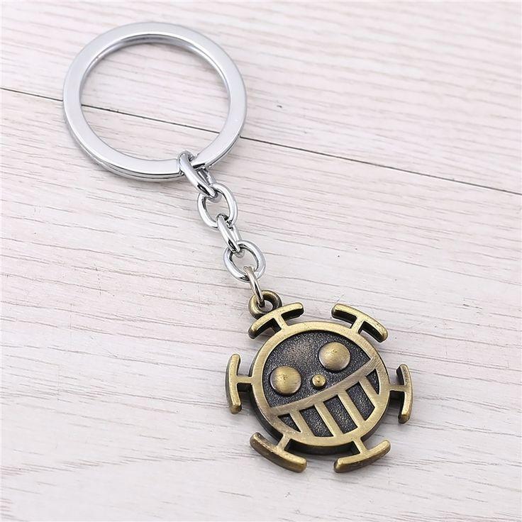 J Store One Piece Trafalgar Law Logo Zinc Alloy happy face Keychain Japanese Amine Key Ring porte clef Chaveiro