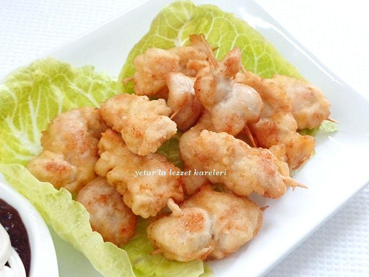tempura soslu tavuk şişlerim muhteşem oluyor.kesinlikle tavsiyemdir..   malzemeler:  tavuk göğsü  tempura sosu:  1 şişe maden ...