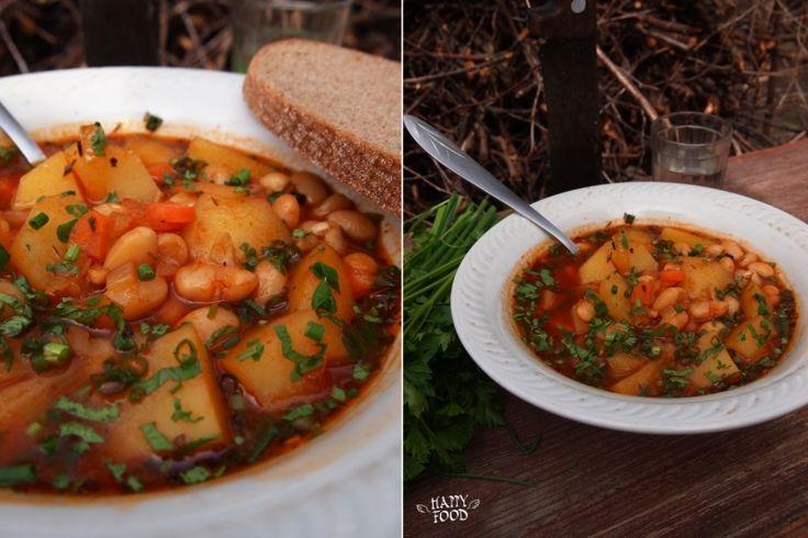 HAPPYFOOD - Томатно-фасолевый суп с итальянским ароматом
