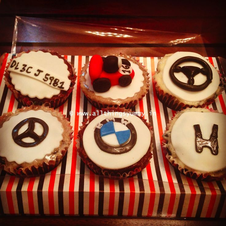 A birthday surprise for someone who loves #cars!! #bmw #mercedes #racecar #honda #steeringwheel #numberplate ... Flavour: Chocolate fudge with an assortment of different icings!!