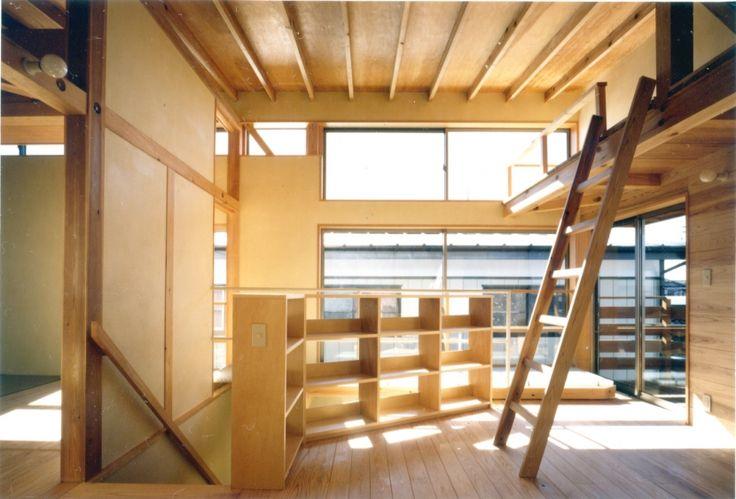 子供部屋事例:ロフトを持つ2階子供部屋(RC地下駐車場の上に産直木材三層の家/Maさんの家)