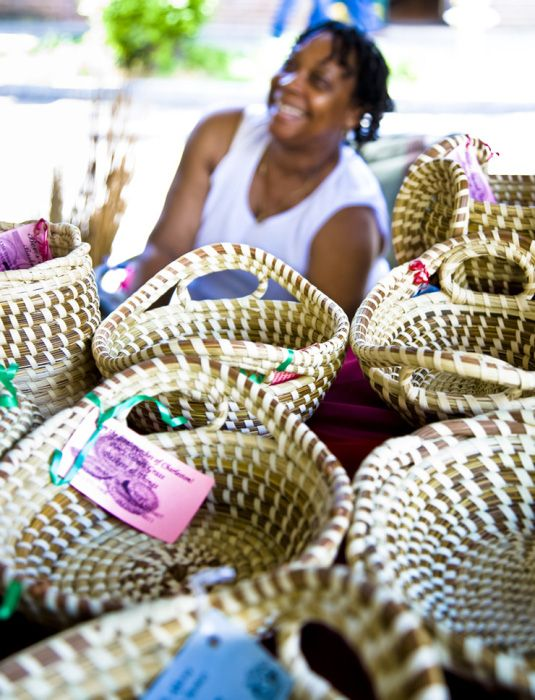 Historic Charleston City Market, Charleston, SC. Sweetwater Baskets. Watch  Them Made!