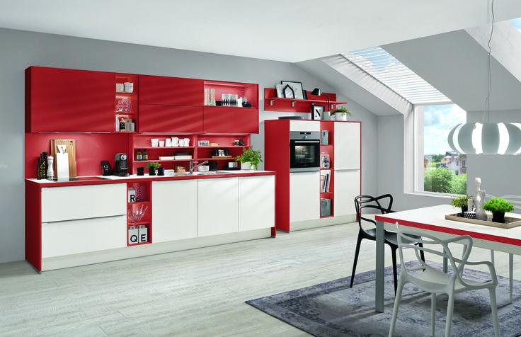 Červeno bílá kuchyně