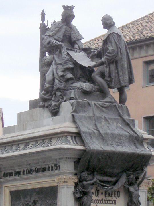 Granada - statue of Queen Isabel & Christopher Columbus  © Robert Bovington  http://bobbov2.livejournal.com/155892.html