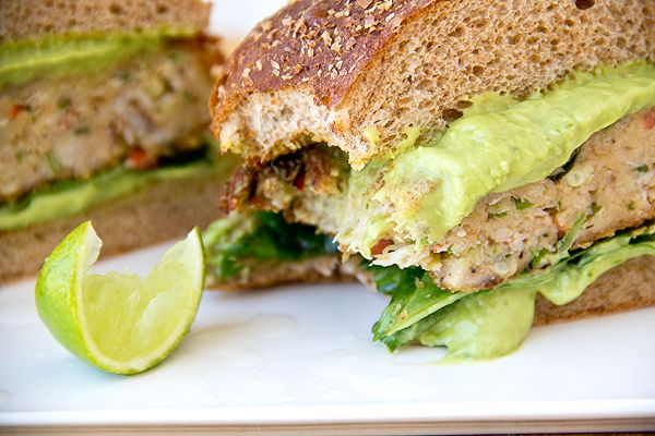 Avocado-Green Onion Mayo ingredients:    1 avocado, pealed and pit removed, roughly chopped  3 green onions, roughly chopped  2 tablespoons mayo  1 tablespoon honey  2 teaspoons lime juice  1 teaspoon Dijon mustard  ¼ teaspoon, plus a pinch, salt