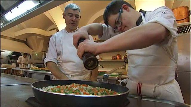 584 best trisomie 21 down symdrome images on pinterest for Cuisinier elysee livre