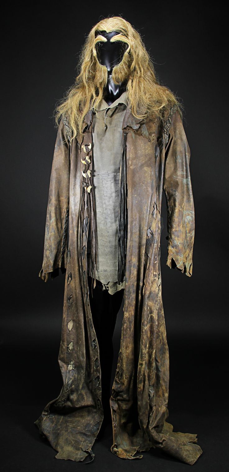 Sabretooth's (Tyler Mane) Coat, Top & Hair Pieces- The distressing on this is fantastic!