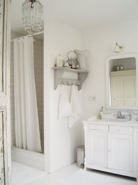 28 best images about feminine bathrooms on pinterest for Girly bathroom decor