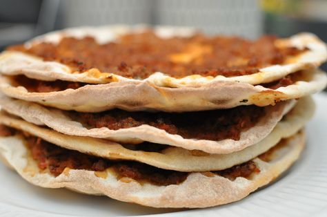 Tyrkisk pizza Lahmacun – Tyrkisk pizza