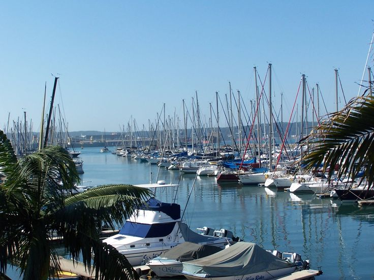 Durban's yacht mole is a great place to dine and watch the passing parade.
