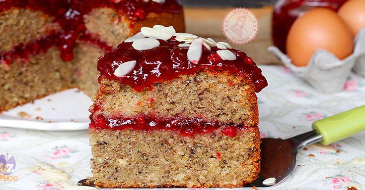La torta grano saraceno e marmellata è una torta soffice, buonissima e morbidissima senza glutine e infallibile con un ingrediente segreto.
