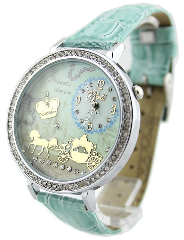 Mint watch Hermans Style  Follow our web pages to the address:  Facebook  - Lo Stile è la veste del pensiero                    - Hermans street Clothes                    - Hermans Photo Instagram - Hermans Style  Thank you   Shoe shoes scarpe bags bag borse fashion chic luxury street style moda donna moda uomo wedding planner  hair man Hair woman  outfit time watch nail  print photo foto fotografia cartoline Photography tattoo
