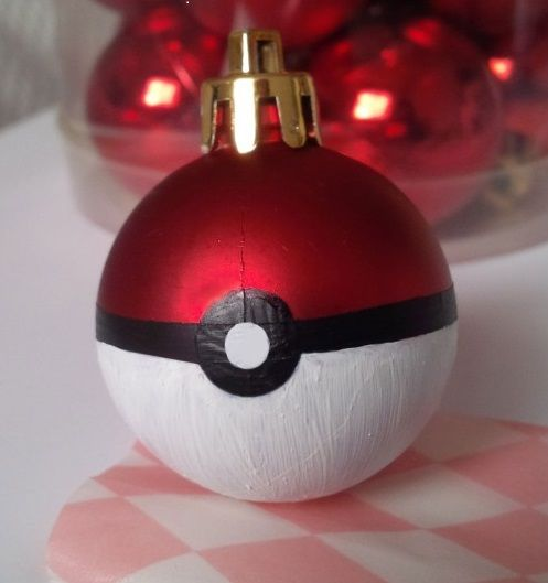 While everyone is enjoying playing Pokémon Go, be sure to have some Pokéball Christmas ornaments for your tree too! Instructions can be found at Arisu Crafts.