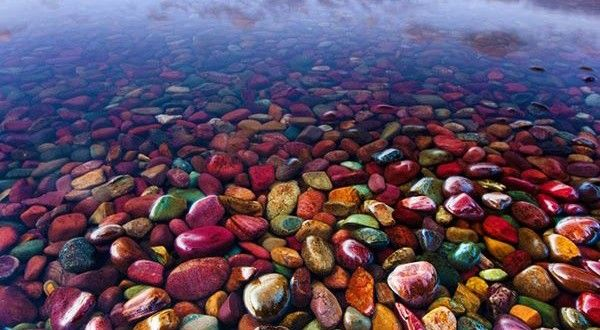 Discover Colourful Equilibrium in Pebble Shore Lake, Montana