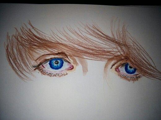 Lovely blue eyes,finish! They inspire me...