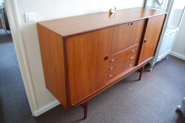 bahut enfilade scandinave teck danois 1960 clausen son silkeborg buffets cr dences et. Black Bedroom Furniture Sets. Home Design Ideas