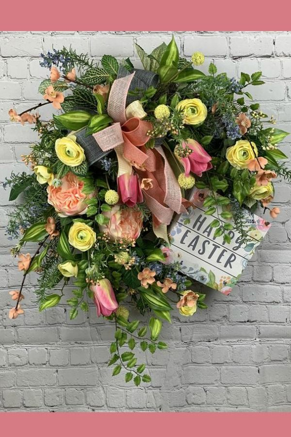 March Wreaths & Centerpieces by the Fashionable Tree Advertising and marketing Group