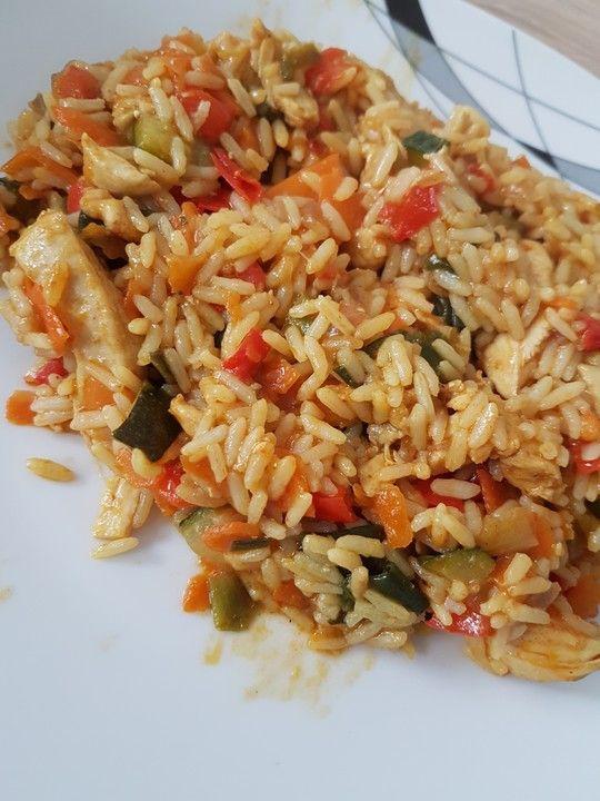 Reispfanne, ein schmackhaftes Rezept aus der Kategorie Geflügel. Bewertungen: 288. Durchschnitt: Ø 4,6.