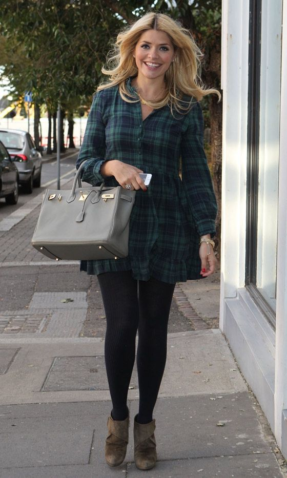 Holly Willoughby - v cute look