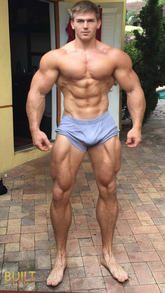 men nude bodybuilders