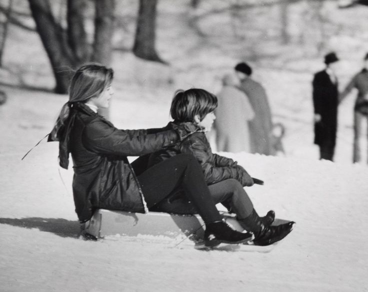 10 Photos of Kennedys Playing in the Snow - TownandCountrymag.com