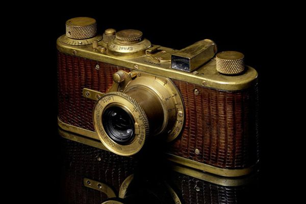 Leilão de tesouros da fotografia inclui Leica rara de 1930   (11) 3107 2219 Focus Escola de Fotografia Escolas Curso Foto
