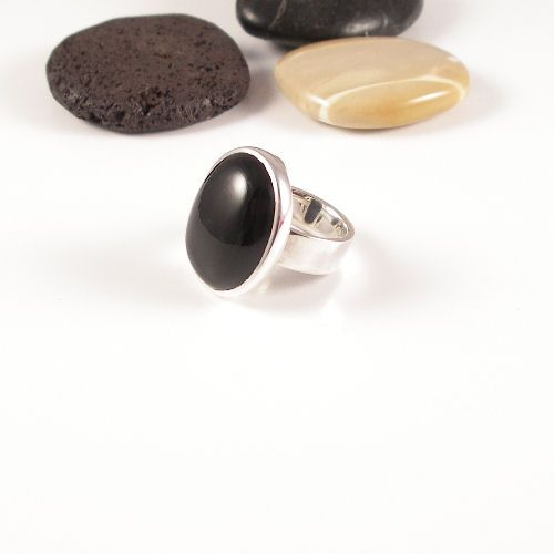 Handmade 925 silver ring with an Onyx Stone.