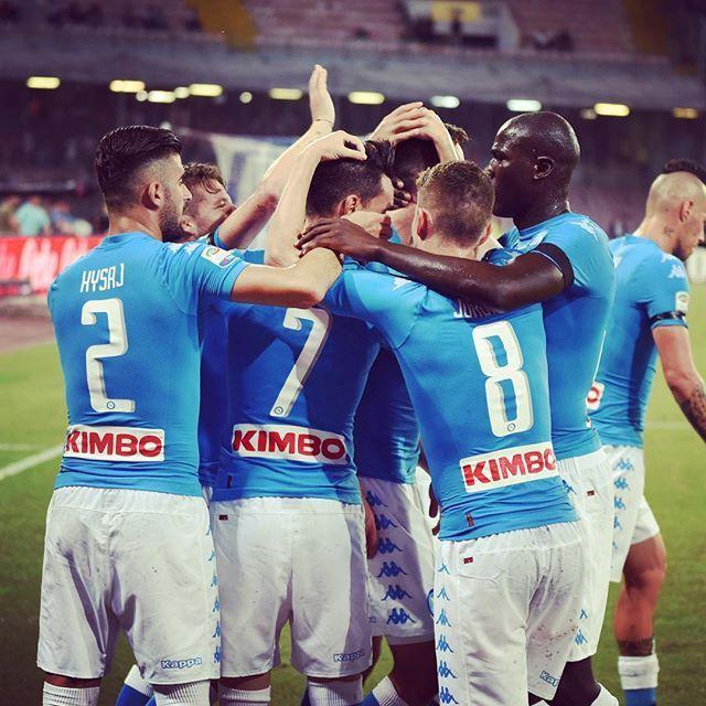 #NapoliMilan 4-2 è la nostra vittoria casalinga numero 3️⃣0️⃣ contro i rossoneri ⚽️ #ForzaNapoliSempre