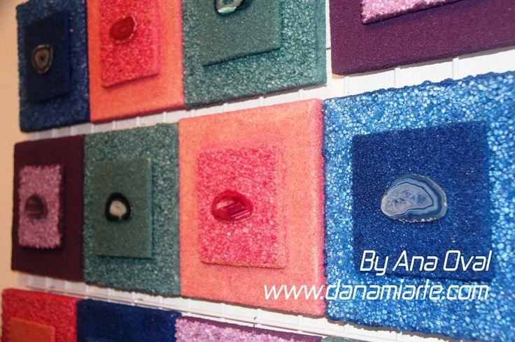 #Cuadros #Joya!!! Os hago un pequeño adelanto, de la nueva composición de los cuadros joya de #Danamiarte #Handmade !!! #ByAnaOval #Valencia Están realizados con arenas y gemas de colores… www.danamiarte.com