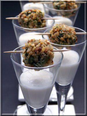 Polpettine di spinaci in crosta di nocciole e crema al gorgonzola #fingerfood #shopfesta