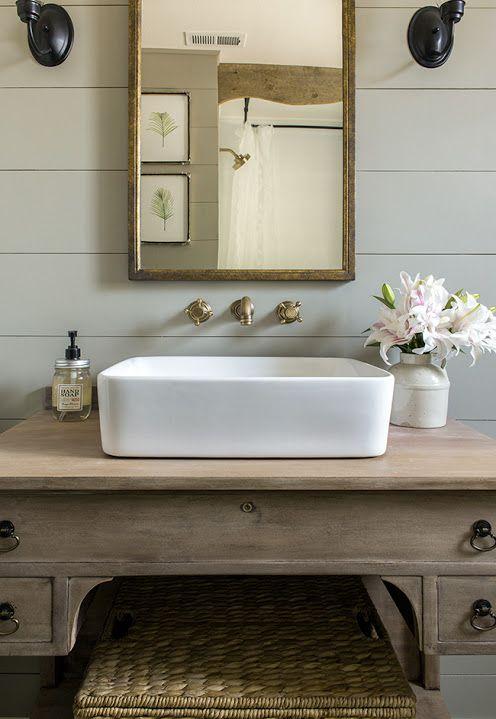 DIY Natural Farmhouse Vintage Romantic Guest bathroom renovation / Before + After