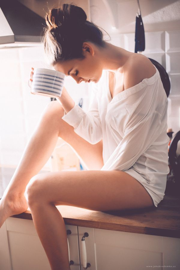 夏に向けての美脚レッスン!小豆茶でむくみスッキリBODY♡ - Locari(ロカリ)