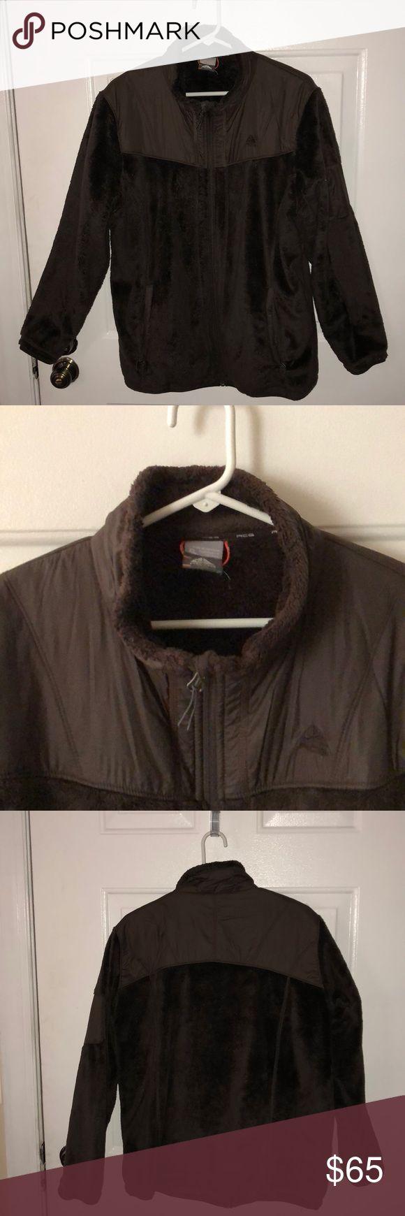 Nike ACG jacket Nike ACG jacket well kept. Great jacket, keeps you warm! Smoke free home. Nike ACG Jackets & Coats Utility Jackets