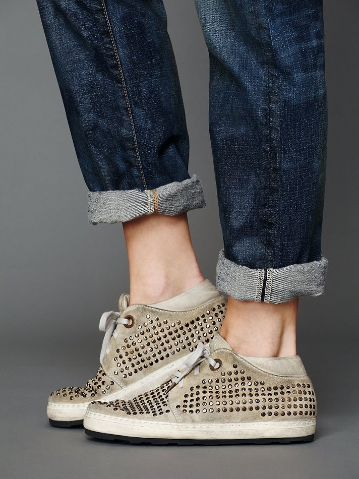 Ashlees Loves: Fashion Sneaks info @ashleesloves.com OXS SNEAKER SunValley Studded women's fashion